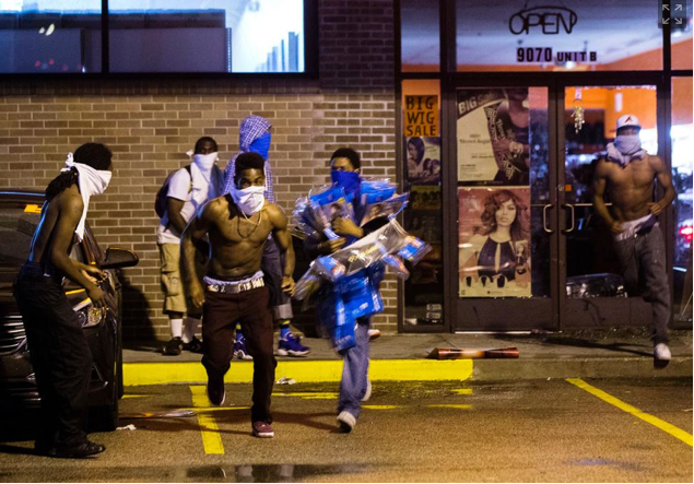 chaos and looting in ferguson