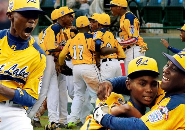 picture of chicago's jackie robinson west little league team