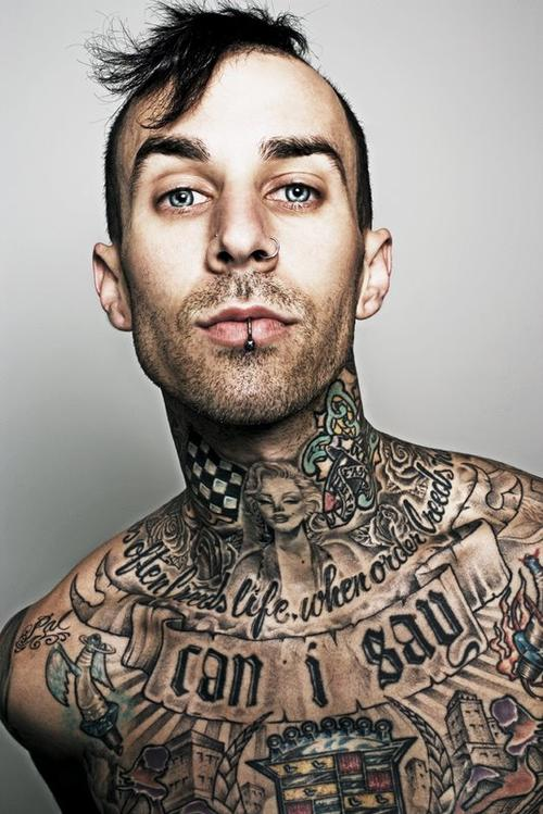 a picture of travis barker